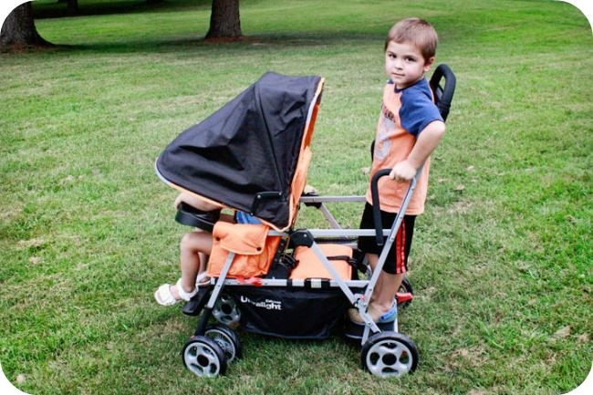 Joovy Caboose Ultralight Infant Car Seat