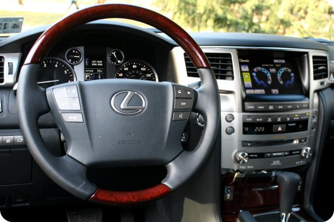 2013 Lexus LX570