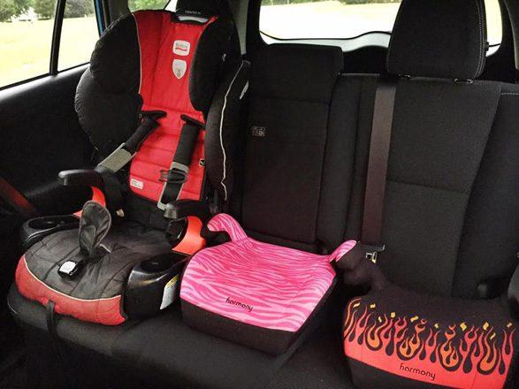 car-seats-in-toyota-rav-4